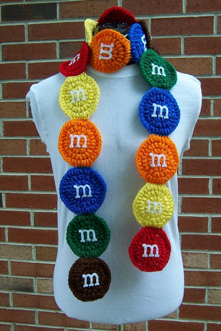 20 Cool Creativity And Funny Winter Scarf Designs -M&M Scarf