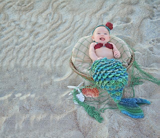 Free Crochet Pattern Mermaid Cocoon : 16 Patterns of Crocheting Beautiful Mermaids