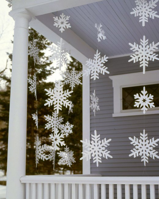 16 DIY Front Yard Christmas Decorating Projects Page 2 of 2