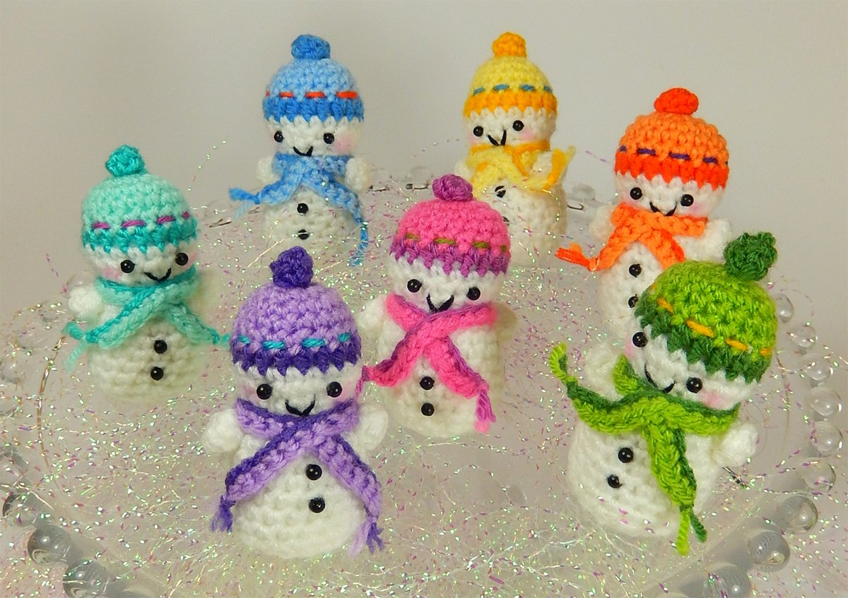 Amigurumi Snowman : Crochet amigurumi snowman free patterns