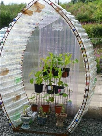 How to Build a Greenhouse Made From Plastic Bottles 3