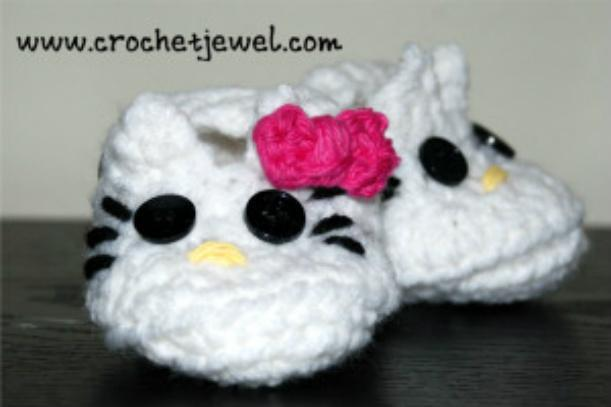 Crochet Hello Kitty Baby Booties with free Pattern