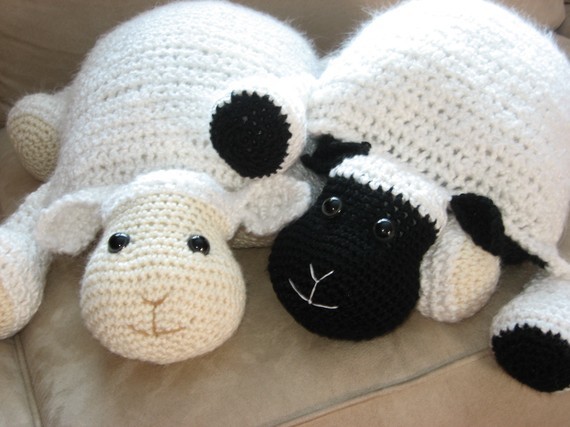 Diy Adorable Crochet Or Knitted Lamb Pillow Page 2 Of 2