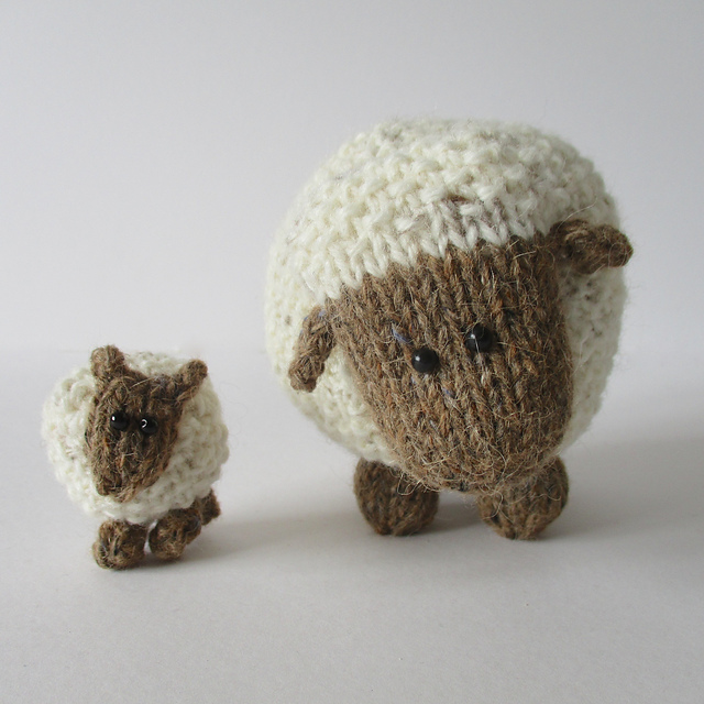 Plymouth Yarns Free Knitting Patterns : DIY Adorable Crochet or Knitted Lamb Pillow - Page 2 of 2