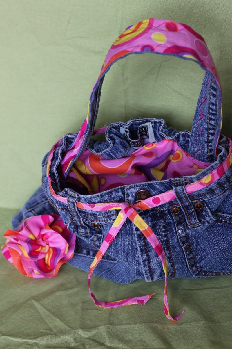 20 Creative Denim Bags Made With Recycled Jeans Page 2 Of 3