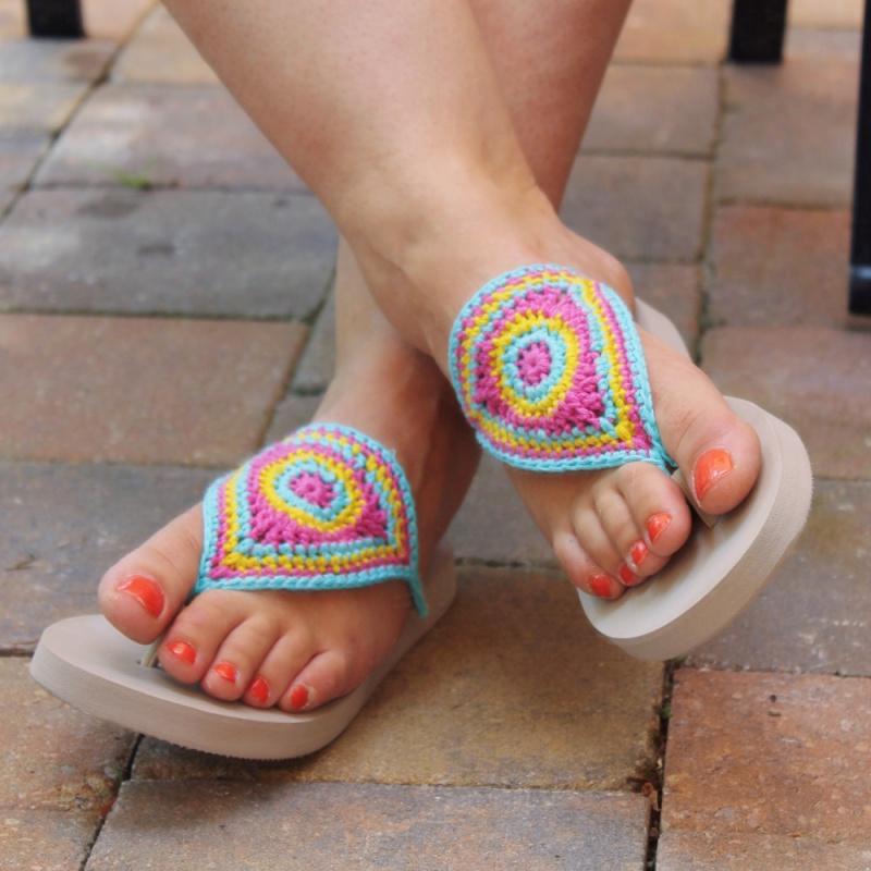 Bloom Flip Flops Free Pattern