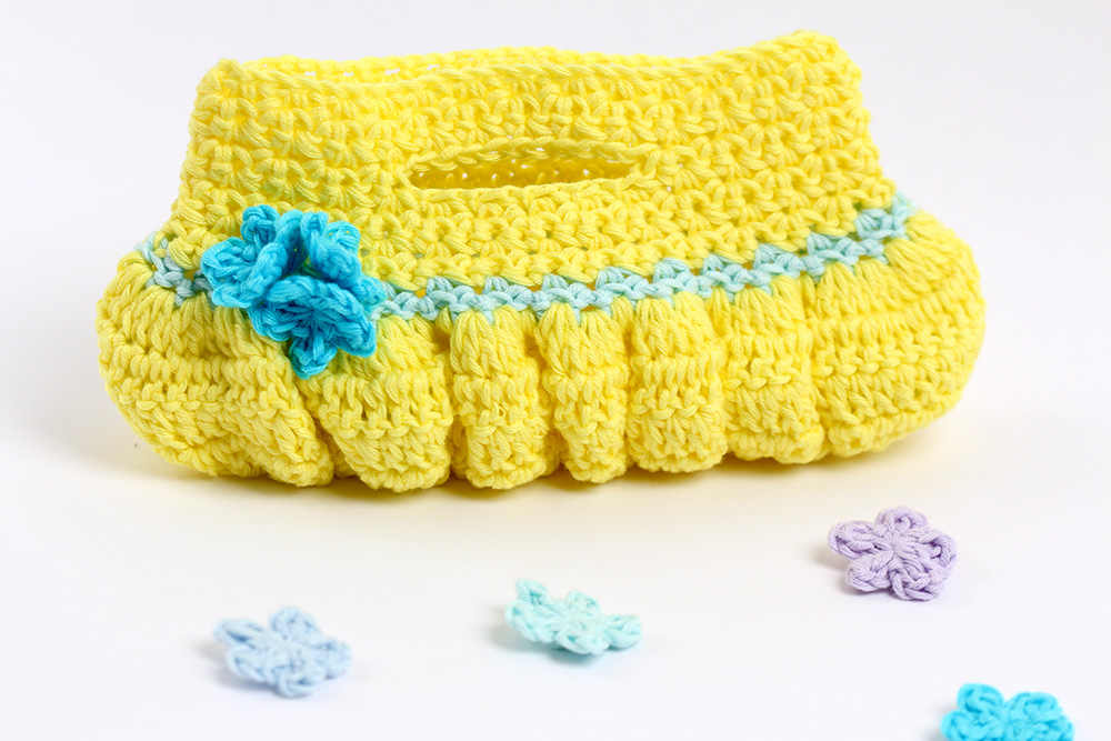 DIY Crochet Bella Ruffled Bag with Free Pattern