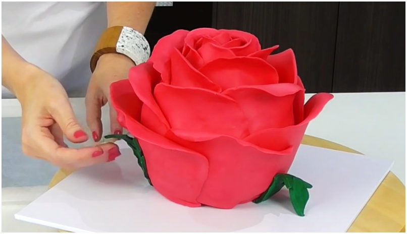 How to Make a Giant Sculpted Rose Cake That Is Simply Beautiful