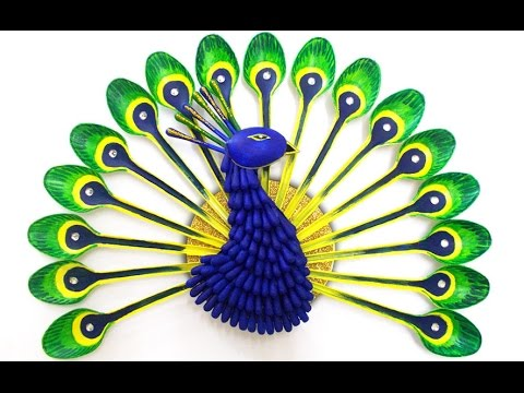 How to Make a Peacock Craft from Plastic Spoons and Q-tips