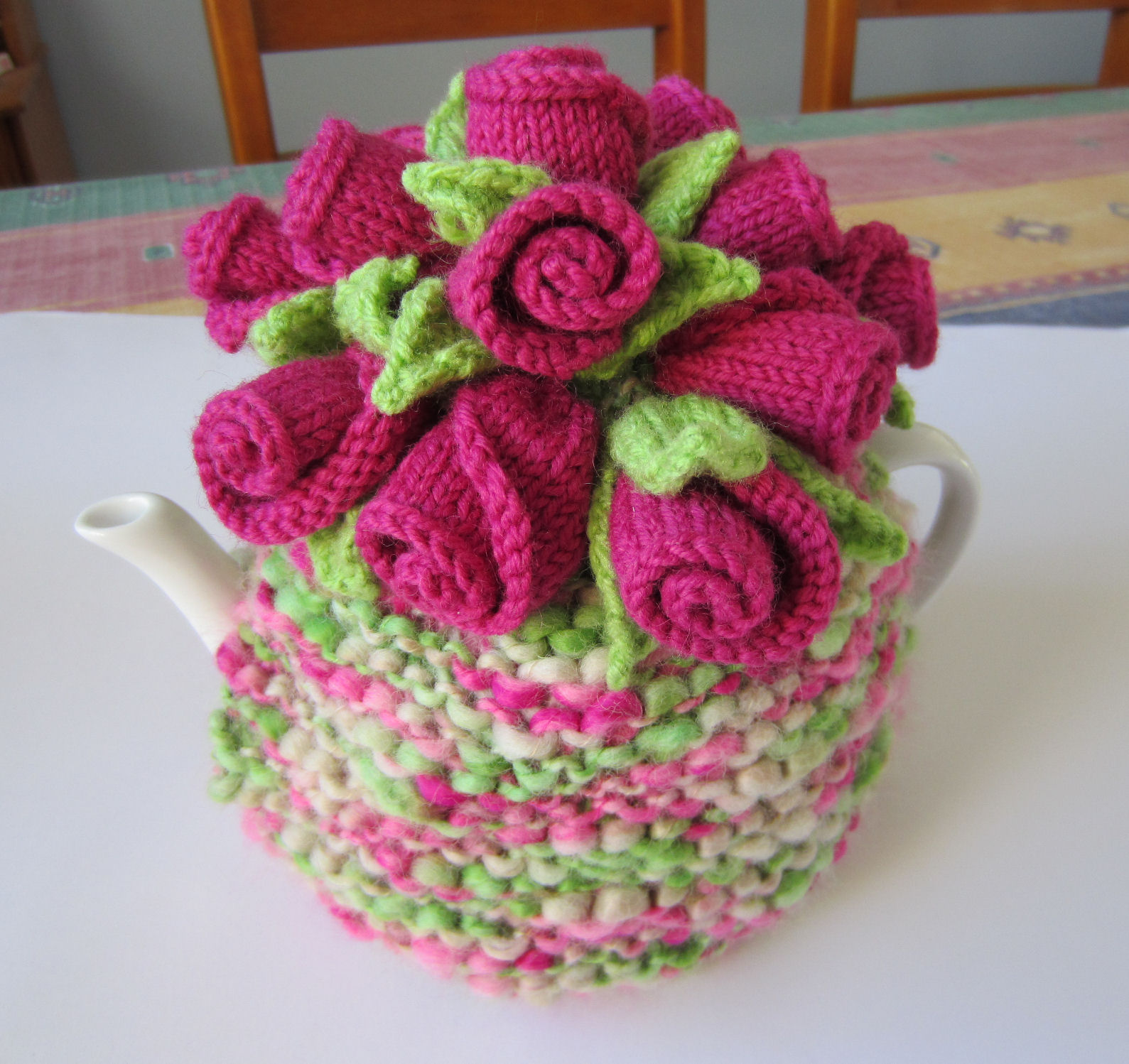 Knitting Rosebuds Tea Cosy With Free Pattern Cool Creativities