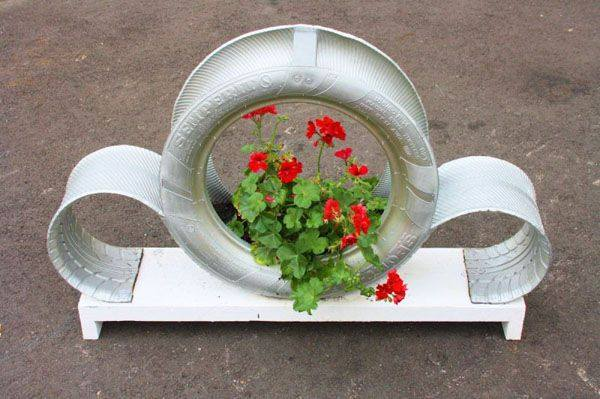 Recycle Tire Planter 2