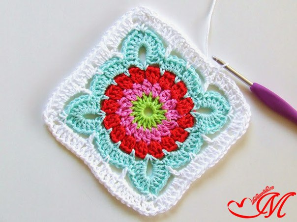 How to Crochet Pretty Granny Square Blanket