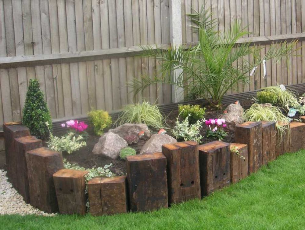 30+ DIY Garden Bed Edging Ideas - Page 2 of 3 on Outdoor Patio Design Ideas id=97514