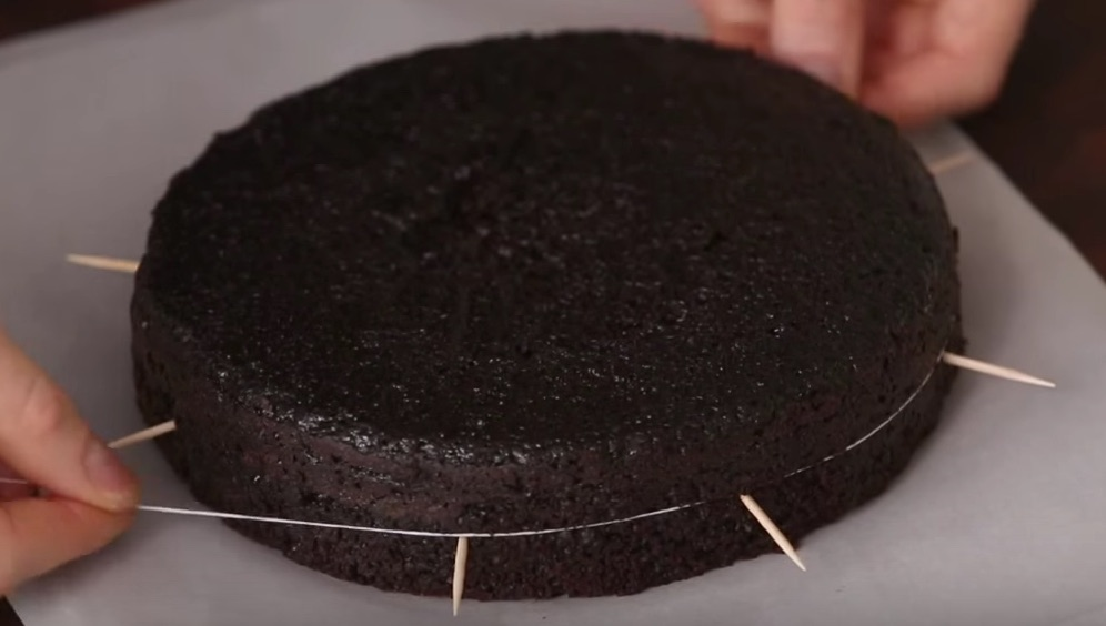 How to Cut Cake Layers with Dental Floss and Toothpick