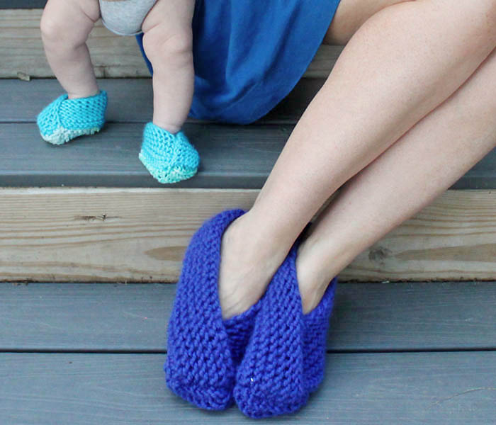Free Knitting Pattern For Moon Socks : 20+ DIY Slipper Knitting Patterns - Page 3 of 3