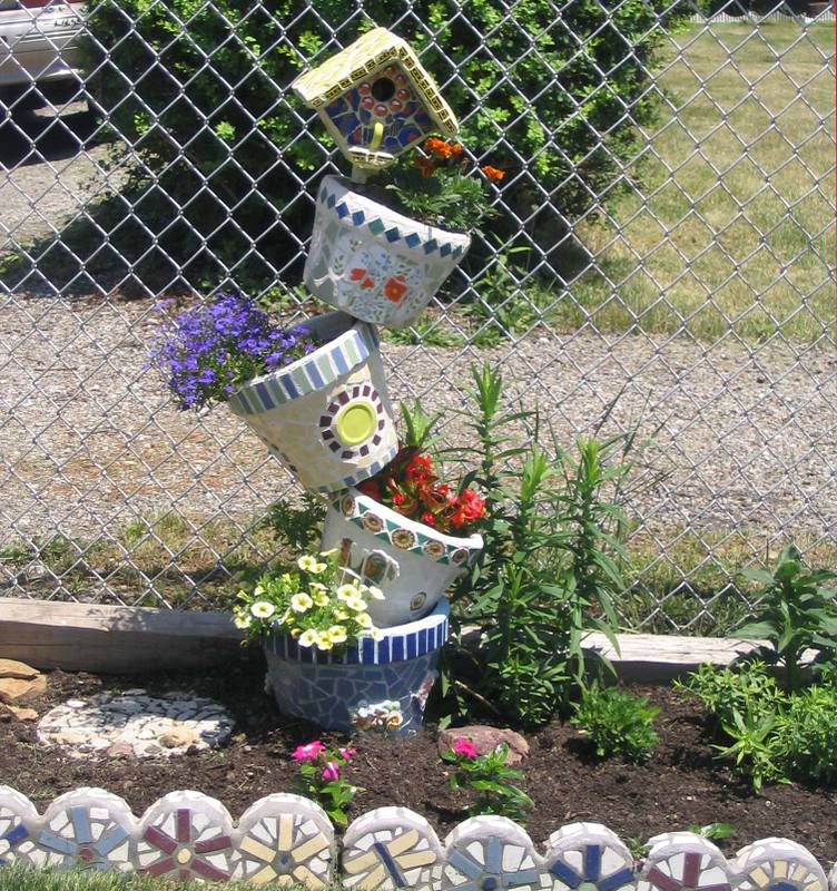 mosaic Tipsy Pots with Bird House