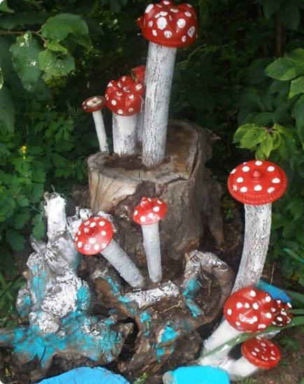 20+ Recycle Old Tree Stump Ideas