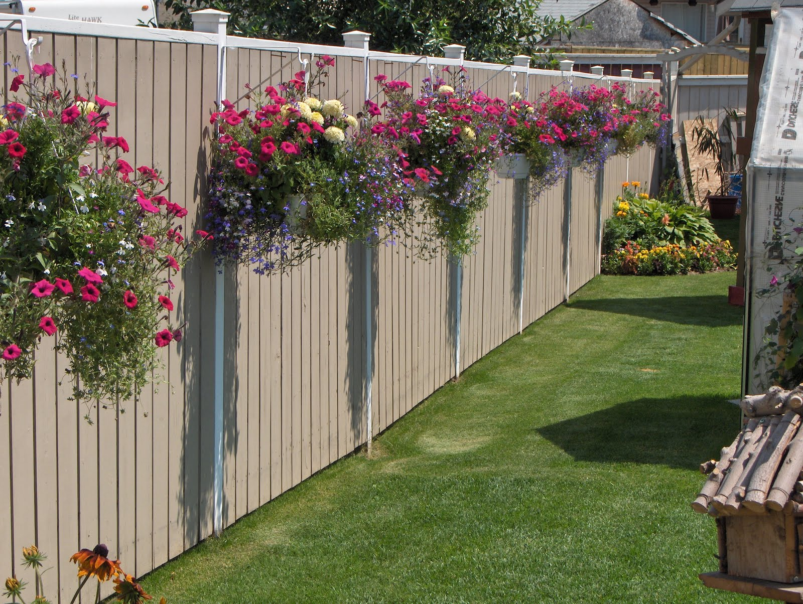 Cool Garden Ideas cool garden designs cadagu com cool garden ideas Cool Diy Ideas To Decorate Your Garden Fence