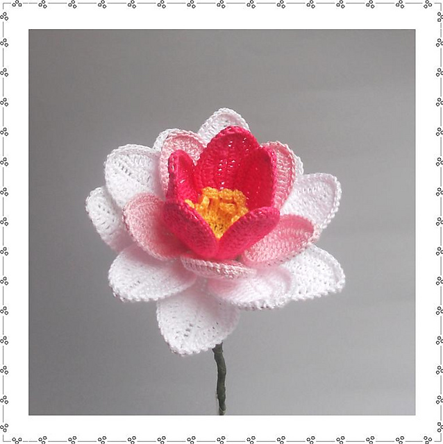 Crochet Pretty Water Lily with Free Pattern