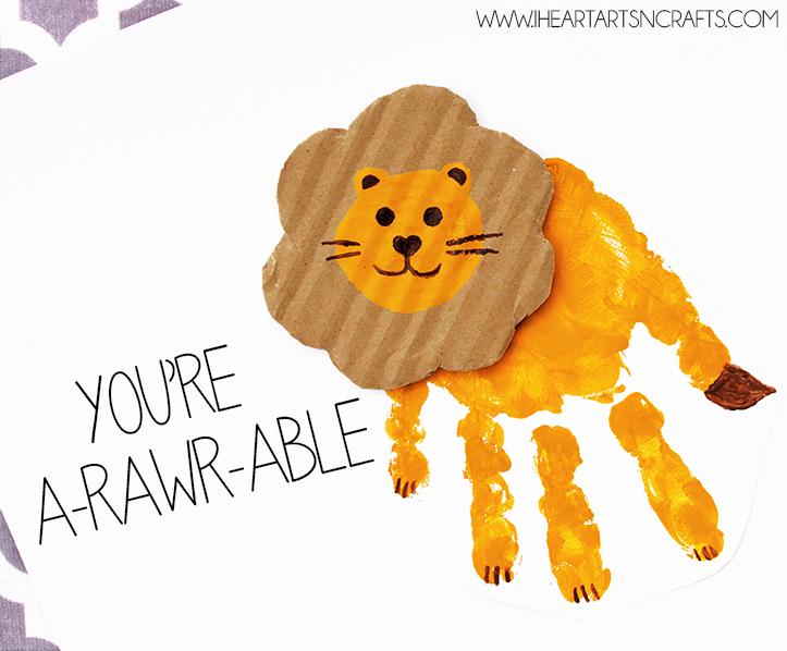 "Handprint Lion ""Rawr The Best Dad"" Card"
