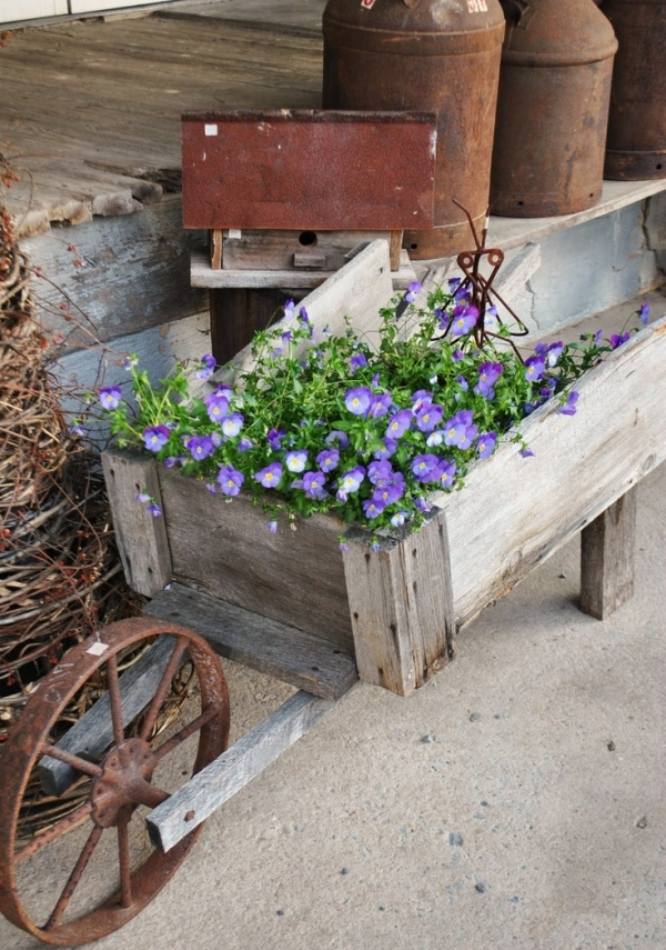 Upcycle Wheelbarrow for Garden - Page 3 of 3
