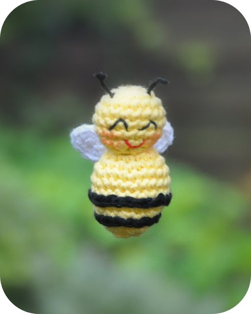 Amigurumi Buzz Bee Free Crochet Pattern