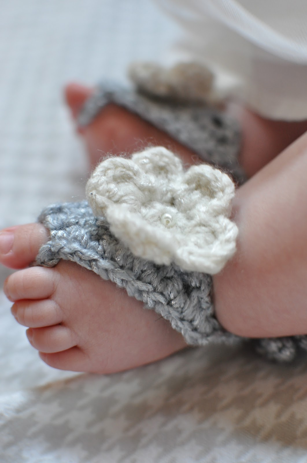 Barefoot Baby Sandals Free Crochet Pattern - Cool Creativities