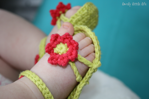 Crochet Baby Toe Sandals Free Pattern : Crochet Baby Flip Flop Sandals with Patterns