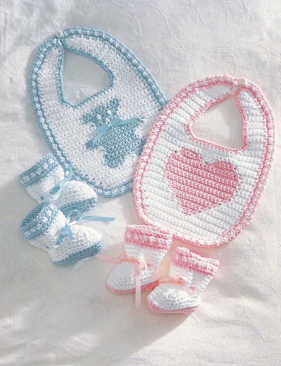 Free baby bib and baby bootie crochet pattern