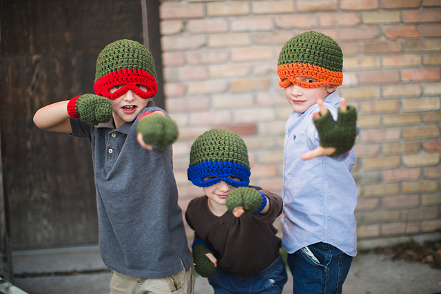 Teenage Mutant Ninja Turtle 3 Finger Gloves Crochet Pattern