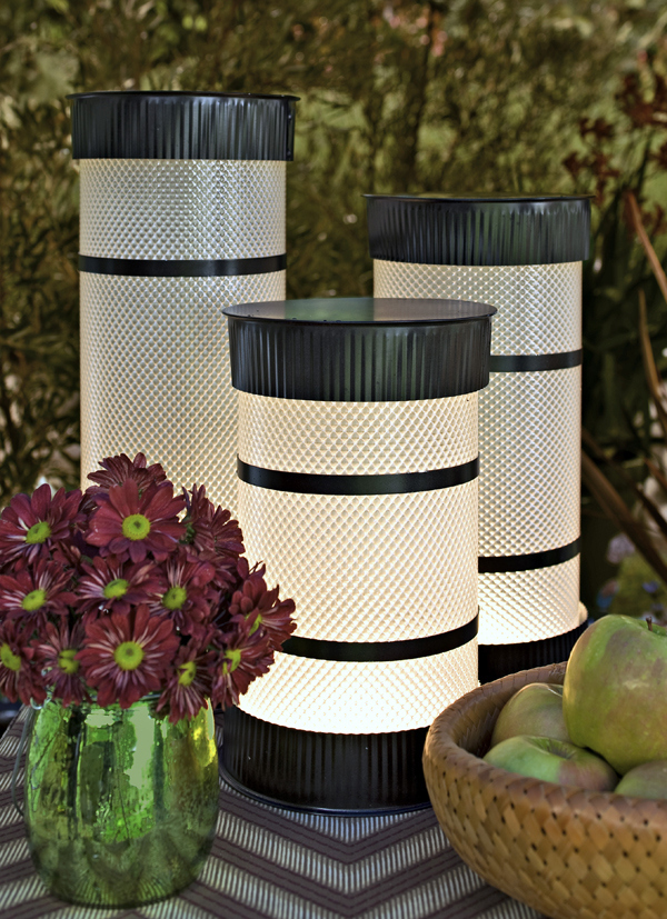 Tube Lights Lantern DIY & 30+ Cool DIY Outdoor Lighting Ideas To Brighten Up Your Summer ... azcodes.com