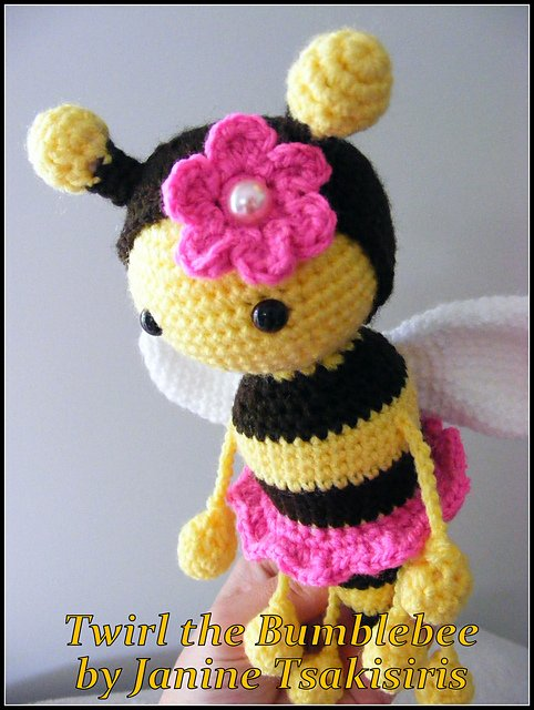 Twist And Twirl Bumble Bees Crochet Pattern Cool Creativities