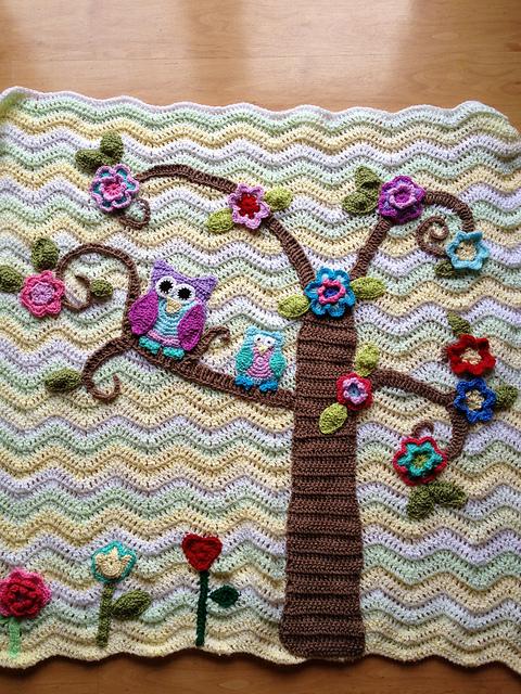 Free Crochet Pattern Owl Afghan : Crochet Nursery Owls Ripple Blanket with Free Pattern