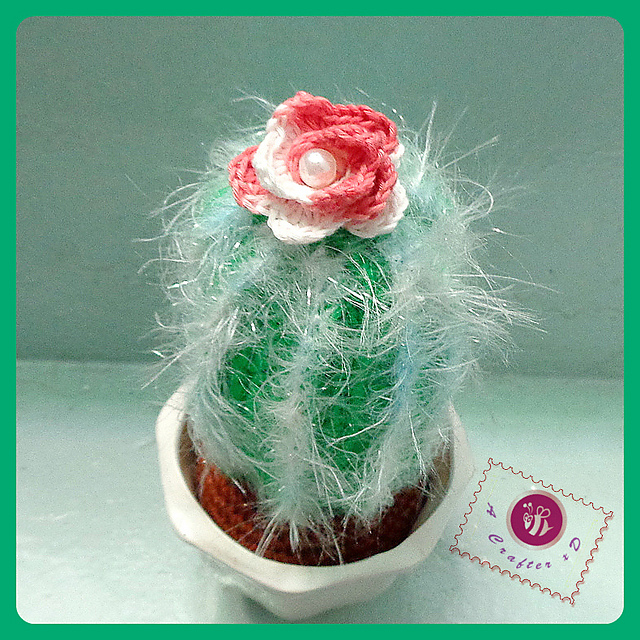 Icy cactus amigurumi Free crochet pattern