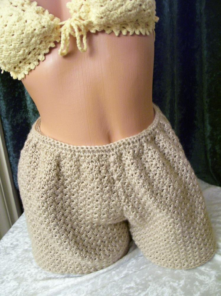Free Crochet Pattern For Mens Shorts Squareone For