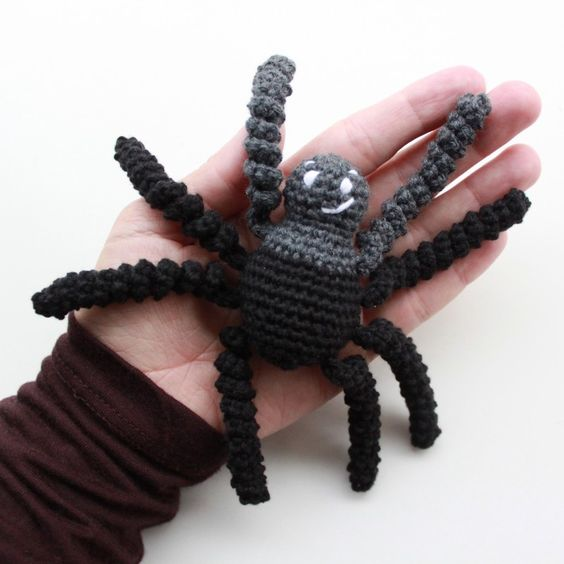 Arigumi Spider FREE Crochet Pattern