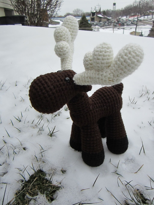 Amigurumi Moose Pattern Free : 20 Crochet Reindeer Patterns - Page 3 of 3