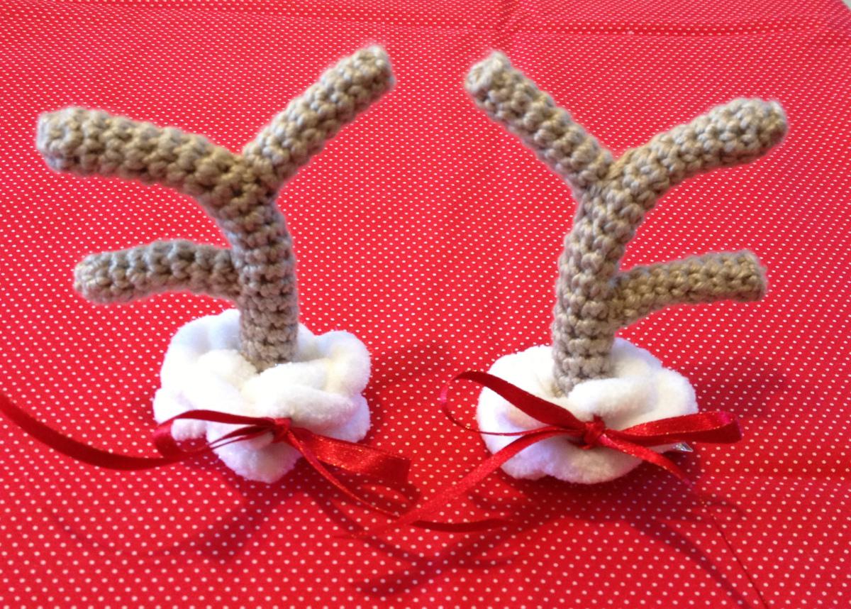 Crochet Reindeer Antler Hair Clips Free Pattern