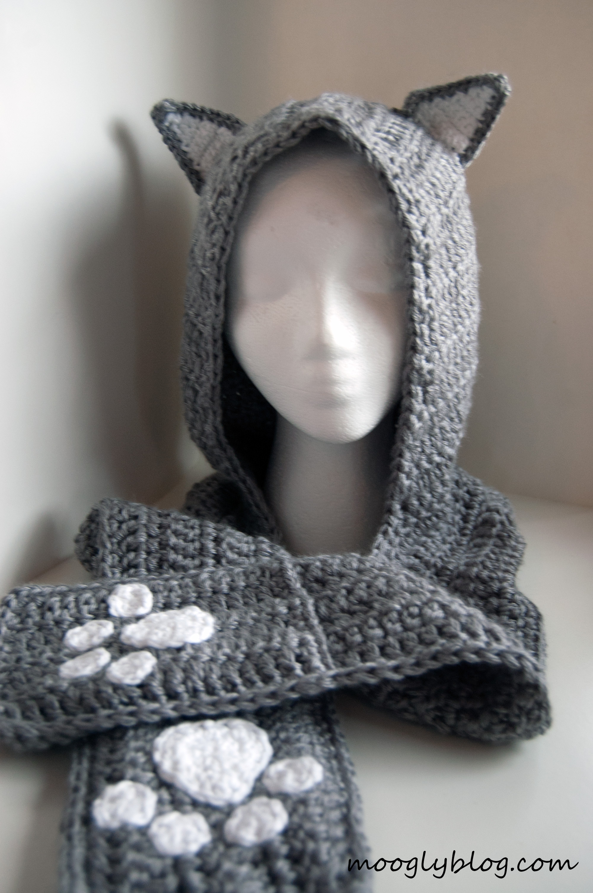 10+ Crochet Hooded Scarves and Cowls Patterns