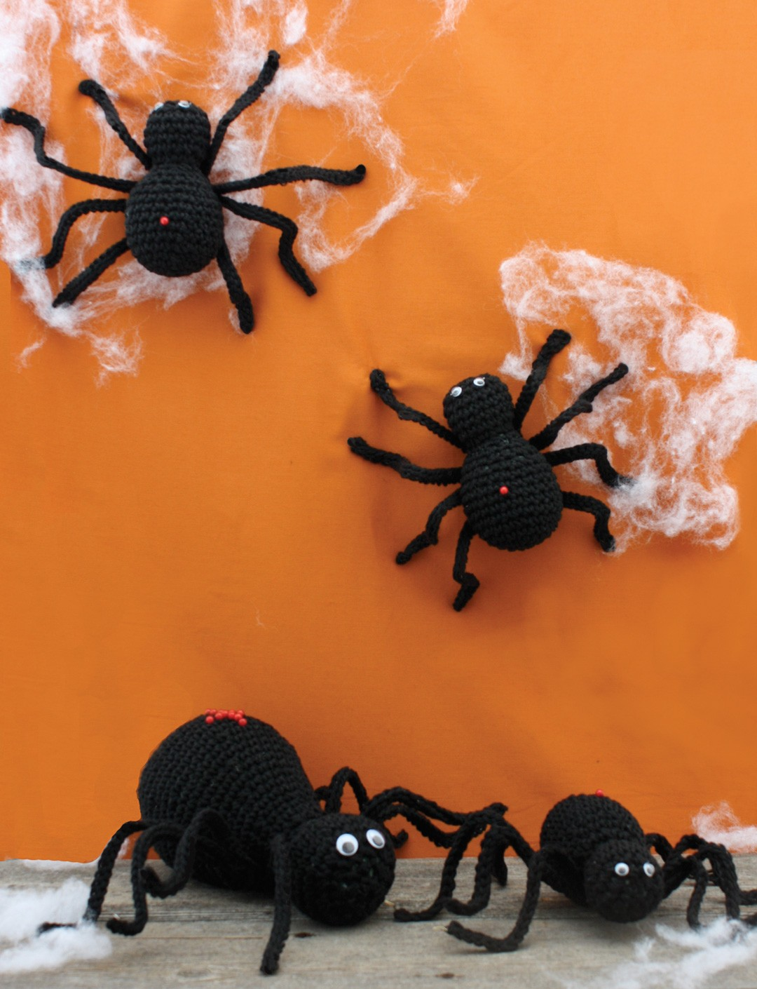 Halloween Spiders Free Crochet Pattern
