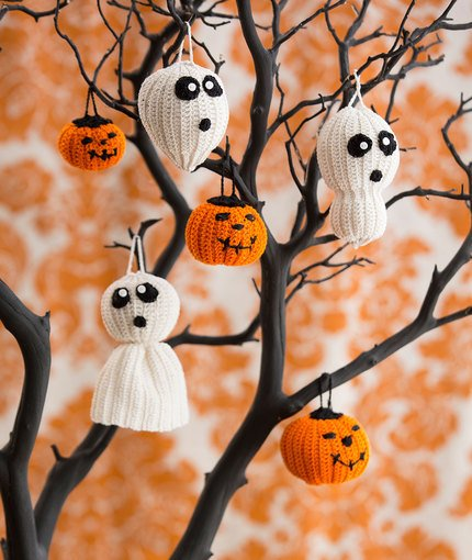 Halloween Tree of Spookiness Free Crochet Pattern