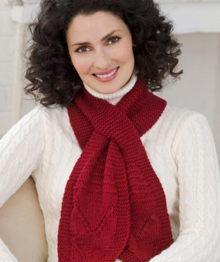 Keyhole Scarf Free Knitting Scarf