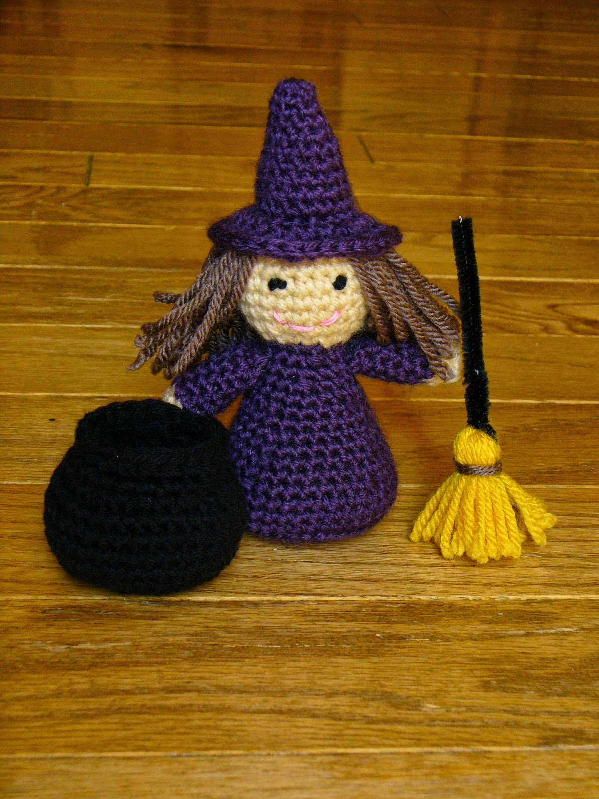 Free Knitting Pattern Witch Doll : 10+ Halloween Decoration Free Crochet Patterns - Page 2 of 2