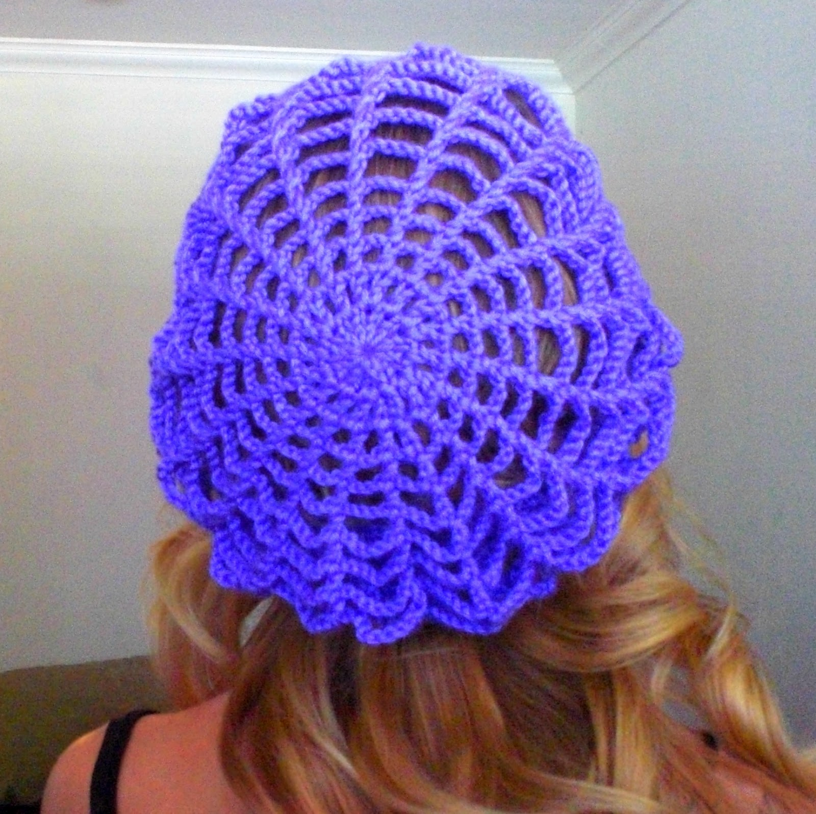 Spider Web Slouchy Hat Free Crochet Pattern - Cool Creativities