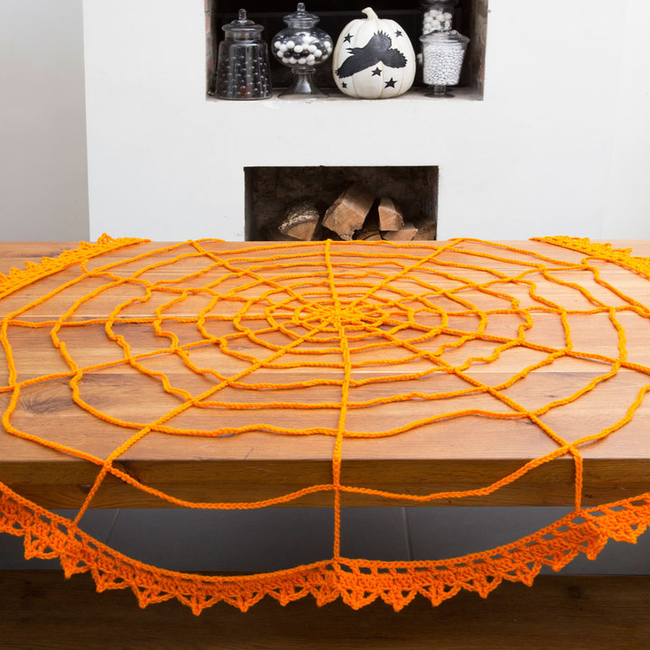 Spider Web Table Topper FREE Crochet Pattern