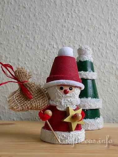 Clay Pot Santa Claus Craft