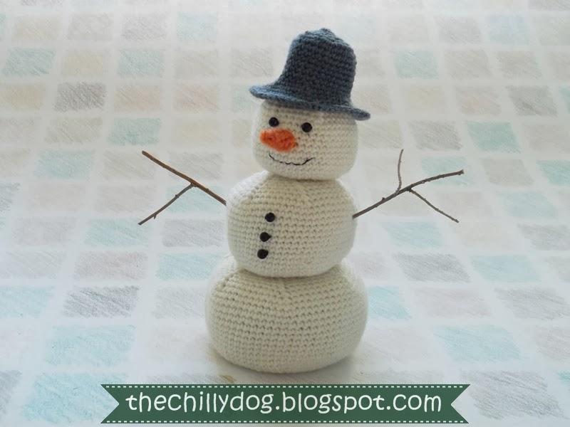 Amigurumi Crochet Snowman | AllFreeCrochet.com | 600x800