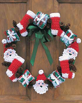Crochet Christmas Wreath Free Pattern