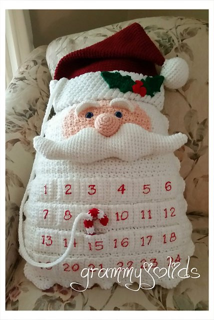 Santa Countdown Pillow Crochet Pattern