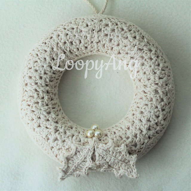 Free Crochet Pattern For Christmas Wreath : 10+ Christmas Wreath Crochet Patterns - Page 2 of 2